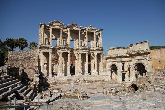 Ephesus - Picture of Ancient City of Ephesus, Selcuk ...