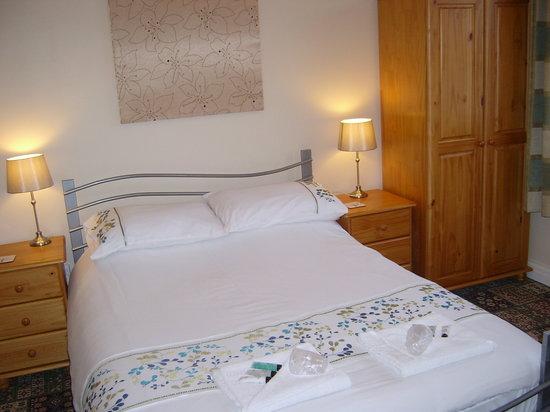 The Draytonian: bedroom