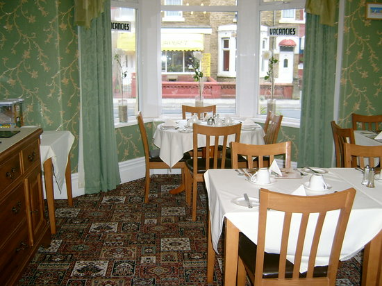 The Draytonian: dining room