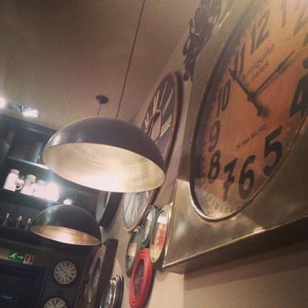 La Cocotte Restaurant:                   tic tac
