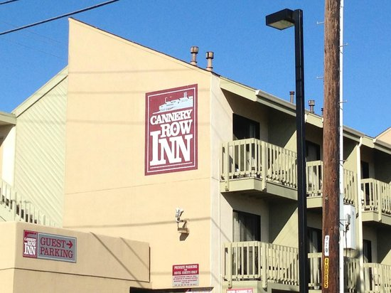 Cannery Row Inn:                   Top floor rooms have view of the bay.