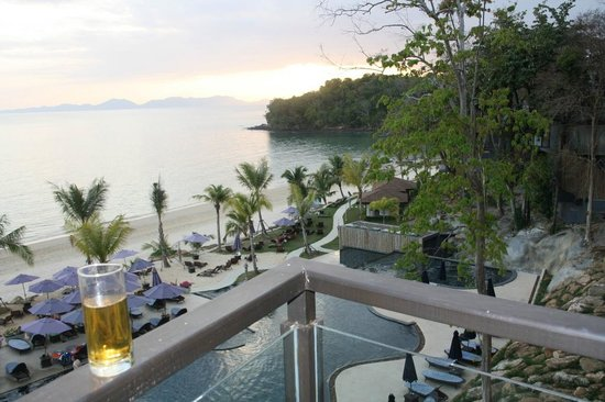 Beyond Resort Krabi:                   Good Evening - Mr Change helps!