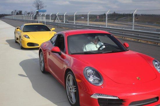 Velocity Motorsports :                   Porsche 966R
