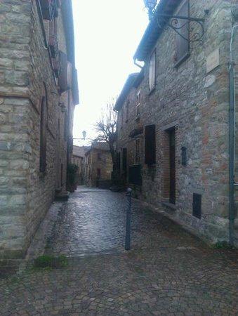 Albergo La Rocca Dei Malatesta:                   centro di frontino
