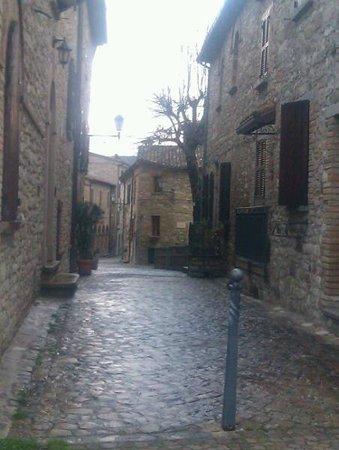 Albergo La Rocca Dei Malatesta:                   centro frontino