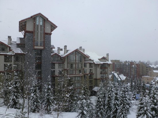 The Westin Resort & Spa, Whistler:                   The Westin taken from the gondola - see how close!