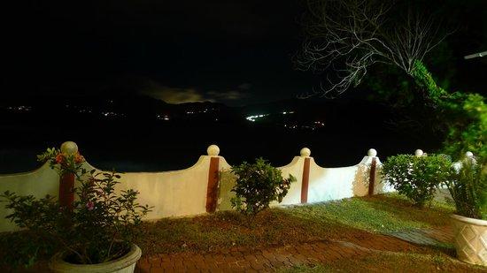 Anse Soleil Beachcomber: Notturna