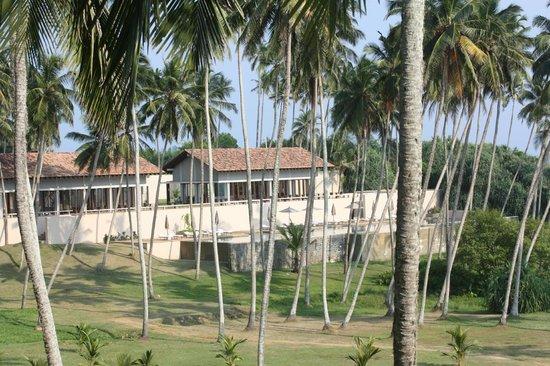 Amanwella:                   Ocean front villas