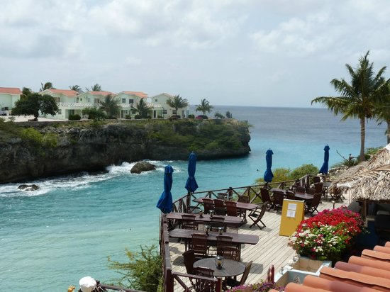 Bahia Apartments & Diving: Uitzicht op de baai