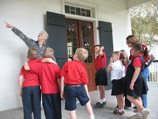 School Tours and Guided Tours at the West Baton Rouge Museum