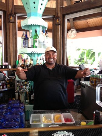 Hope Town Inn & Marina:                   Gary the Exlorer at the bar