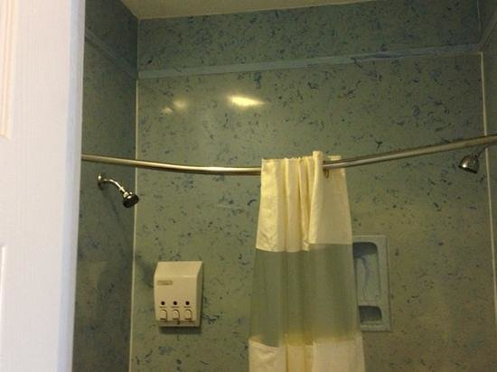 Gran Mansion Hotel :                                     nice 2 shower heads