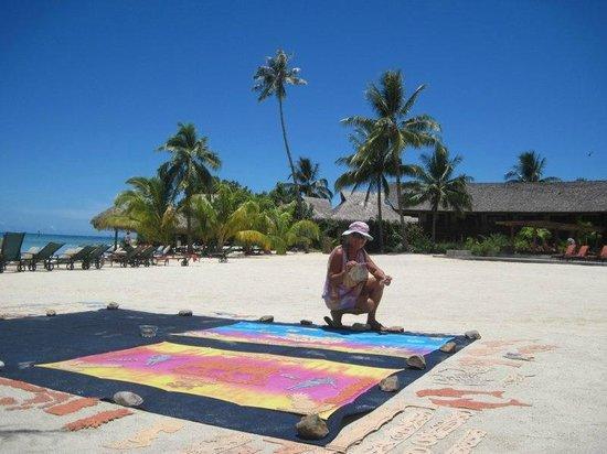 Папетоаи, Французская Полинезия: Activité Pareo perso sur la plage de l'Intercontinental de Moorea de 9 h à 13 h mardi jeudi et v