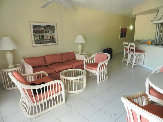 Atrium Beach Resort and Spa:                   1 bedroom