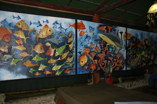 La Leona Eco Lodge:                   Painted mural from a local artist in dining area
