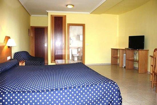 Hotel Dona Pilar : Habitacion