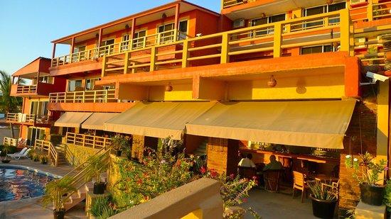 Hotel Irma:                   Rooms