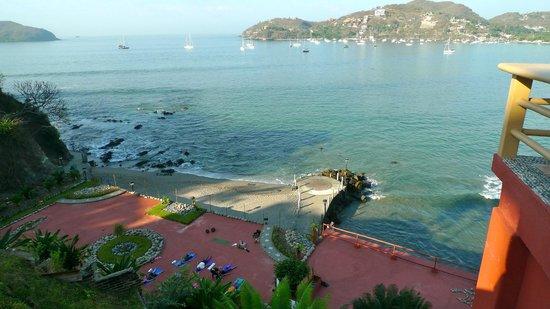 Hotel Irma:                   Beach