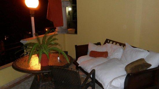 Hotel Hacienda Real del Caribe:                   Cozy Balcony