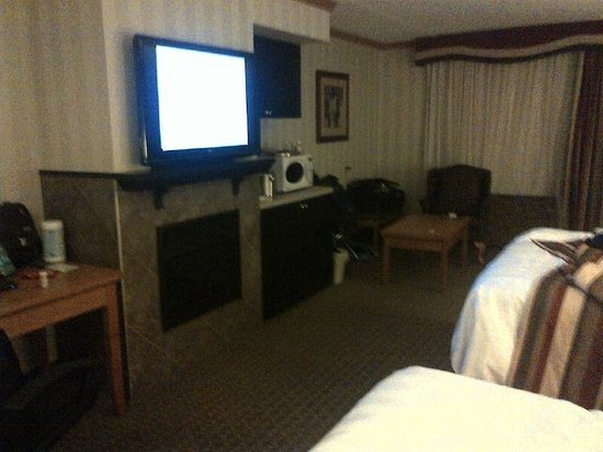 Best Western Plus Port O'Call Hotel:                   Family room on 2nd floor, 2 beds and a sofa bed.