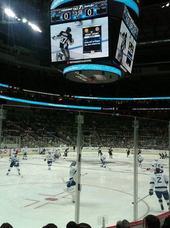 official photos c8f36 1d027 Pittsburgh Penguins vs. Tampa Bay Lightning, Consol Energy C ...