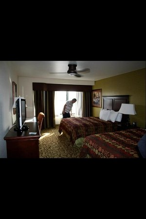 Homewood Suites by Hilton Las Vegas Airport:                   2 queen Bedroom