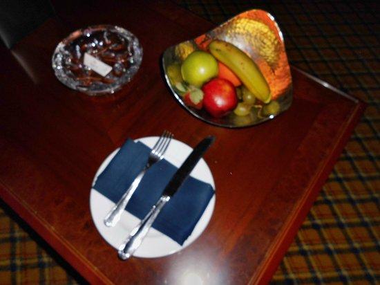 Al Raha Beach Hotel: Obstteller