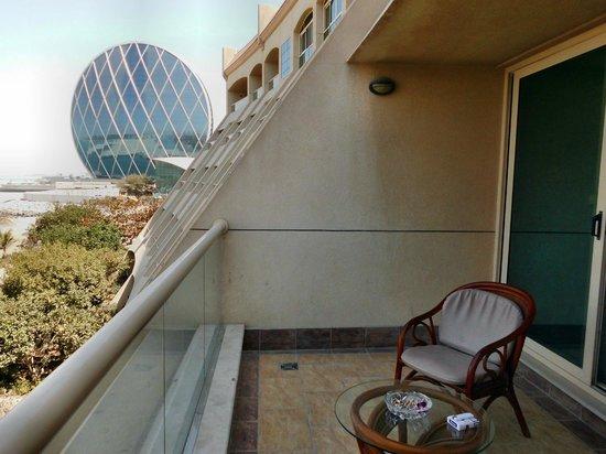 Al Raha Beach Hotel: Aussicht vom Balkon