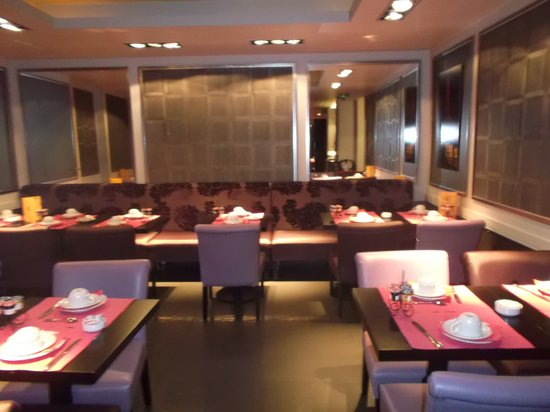 Hotel Elysees Union:                   comedor desayuno