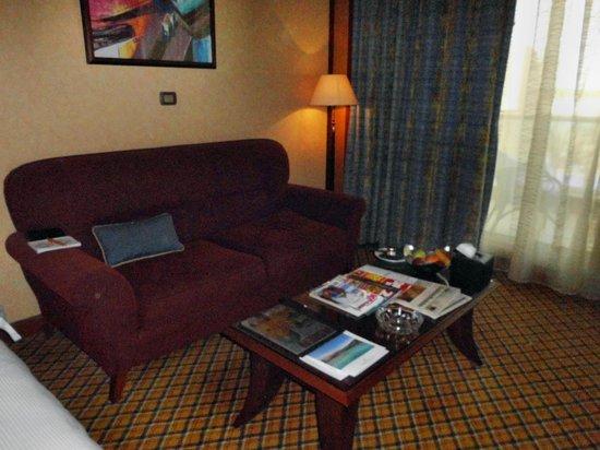 Al Raha Beach Hotel: Sitzbereich