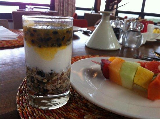 Grootbos Private Nature Reserve: yogurt con cereali e frutto della passione