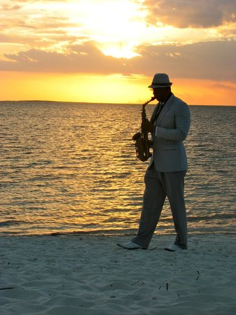 Melia Buenavista:                   sax player each evening, weather permitted