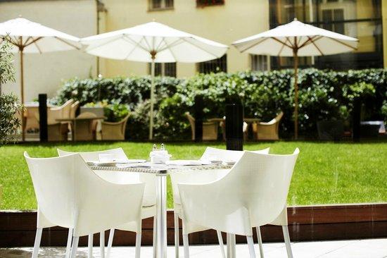 Design Hotel Josef Prague: Courtyard