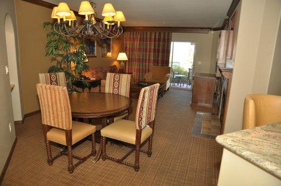 Sedona Summit Resort:                   Mesa Suite