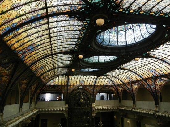 Gran Hotel Ciudad de Mexico:                   Stunning Ceiling
