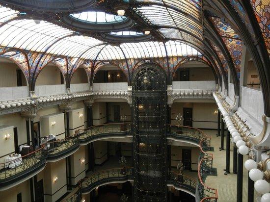 Gran Hotel Ciudad de Mexico:                   Antique elevator