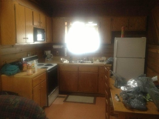 Mill Creek Cabins:                   Kitchen/eating area