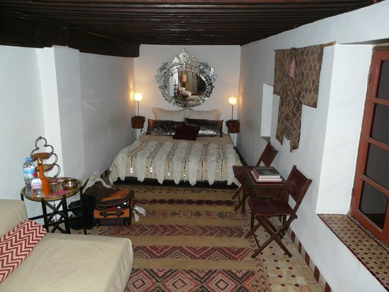 Riad Numero 9:                                     View towards the bed