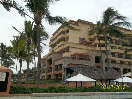 CasaMagna Marriott Puerto Vallarta Resort & Spa:                   Location of ocean front rooms