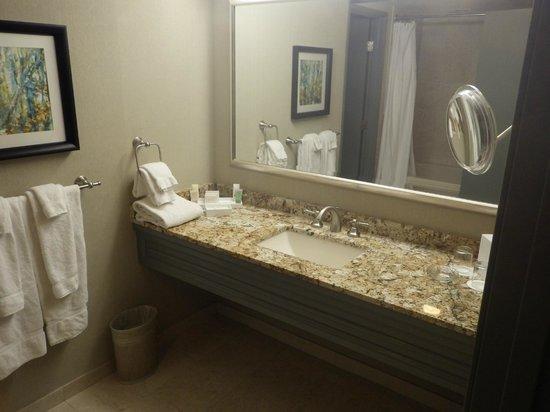 Monte Carlo Resort & Casino: Monte Carlo, Monaco Suite, Bathroom Vanity