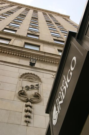 Hotel Indigo Nashville:                   STREET VIEW