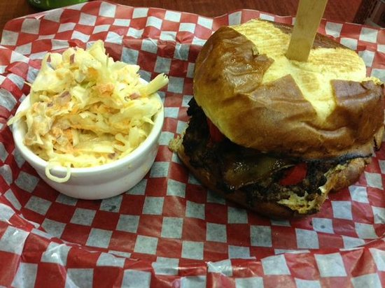 Burger Revolution: Burger and Slaw