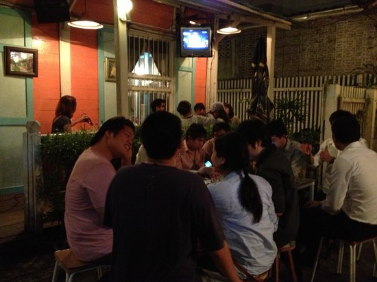 Hlung Raak Bar:                   Likes restaurant, Likes your home