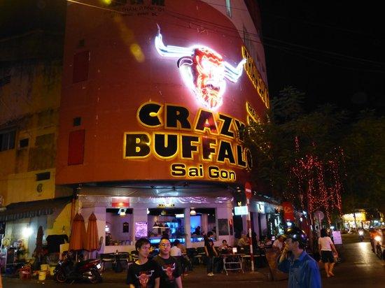 An An 2 Hotel:                   Crazy Buffalo Bar