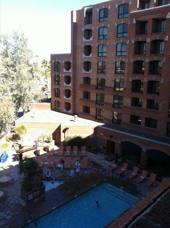 Scottsdale Marriott Suites Old Town :                   Overlooking the pool
