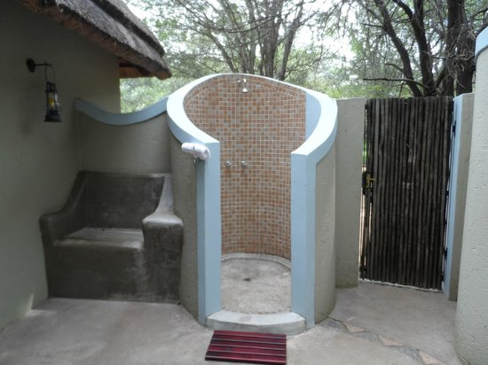 Jock Safari Lodge:                   Outdoor shower