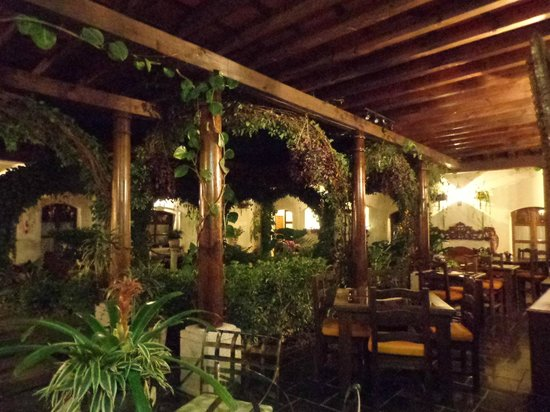 Hotel la Catedral:                   The outdoor dining area at night