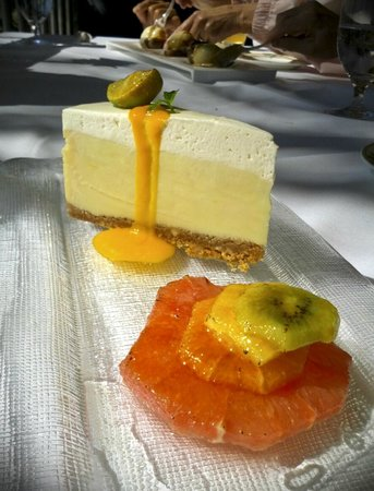 Little Palm Island Resort & Spa, A Noble House Resort :                   The best Key Lime pie