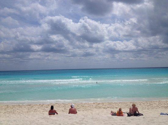 Presidente InterContinental Cancun Resort:                   Ocean view