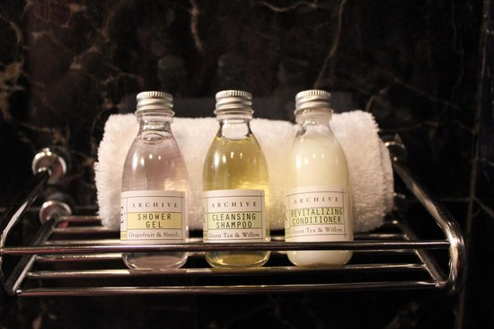 Hotel Mazarin:                   Toiletries